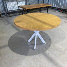 Мебель в стиле фото стол